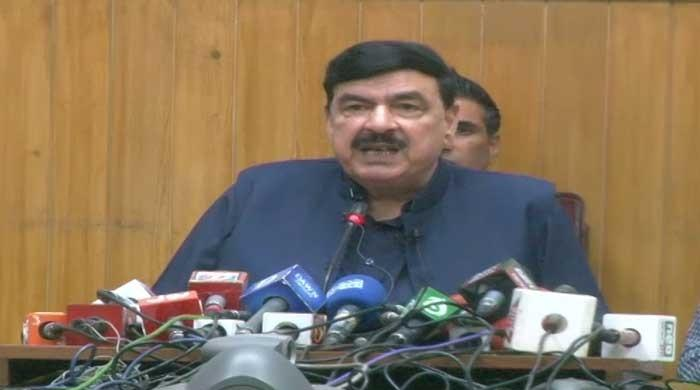 Nawaz should share agenda of calls he made to Modi from outside Pakistan: Rashid