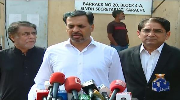 Those who talked about Karachi are trying to save the govt: Mustafa Kamal