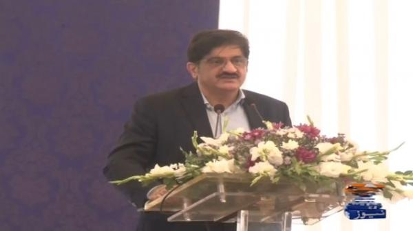 Centre should not put burden of its incompetence on Sindh: CM Shah