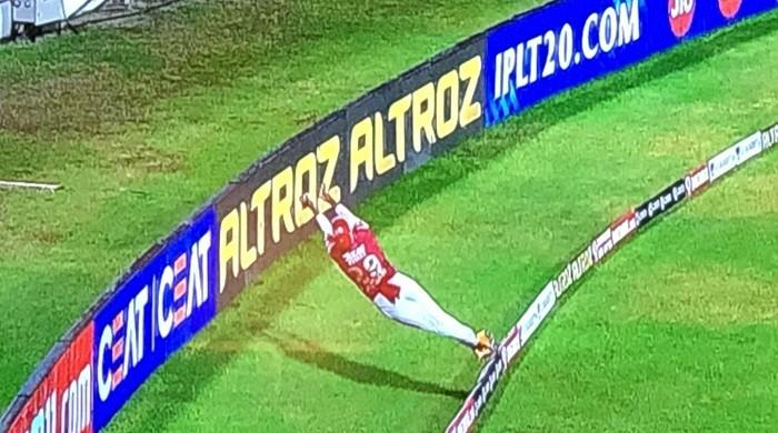 Video: Nicholas Pooran steals IPL headlines with jaw-dropping boundary save