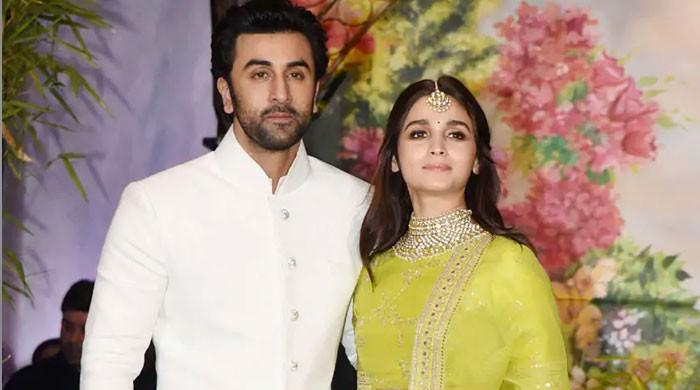 Alia Bhatt pens birthday wish for Ranbir Kapoor 'with love'
