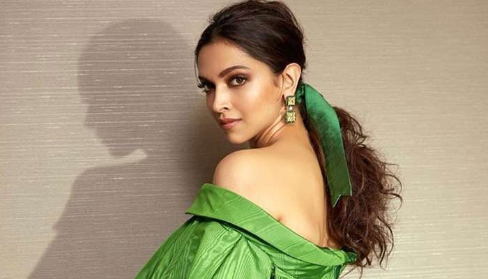 Deepika Padukone reportedly angry at her manager after leaked WhatsApp chats Top Indian Heroines Pictures Bollywood Actresses