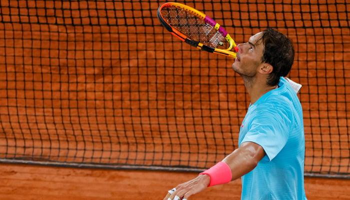 Nadal, Thiem advance to quarters Halep exits