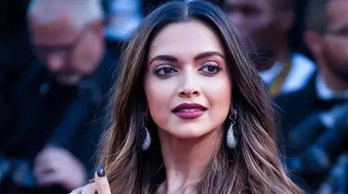Deepika Padukone heads back to sets after getting tangled in Bollywood's drug fiasco