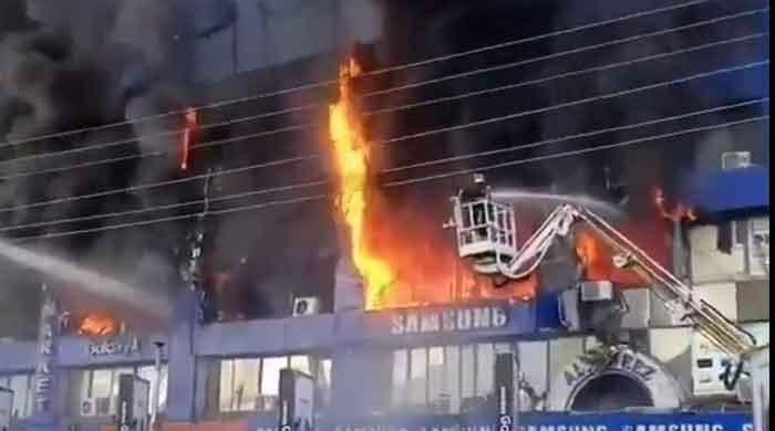Lahore Hafeez Centre fire: Flames extinguished after several hours, billions lost