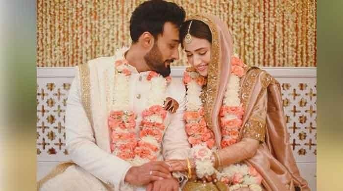 Umair Jaswal, Sana Javed get married