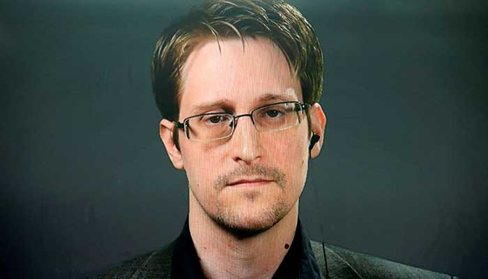 Russian Federation  grants Snowden permanent residency