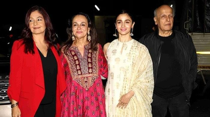 Pooja Bhatt had resentment towards Soni Razdan for 'snatching' Mahesh Bhatt away