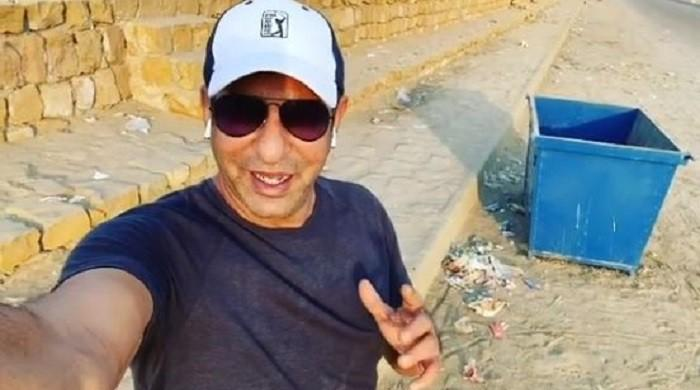Picnickers again leave Karachi's Sea View beach filthy, inviting Wasim Akram's wrath