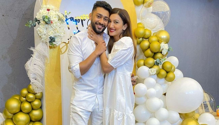 It`s official! Gauahar Khan and boyfriend Zaid Darbar announce engagement