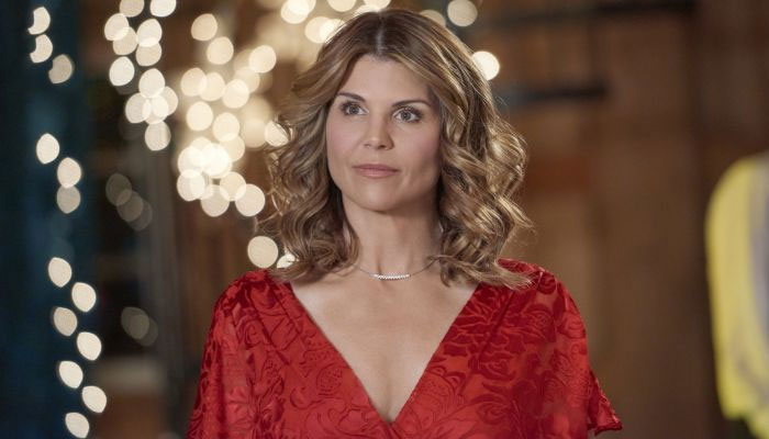 Lori Loughlin to reportedly leave prison before Christmas