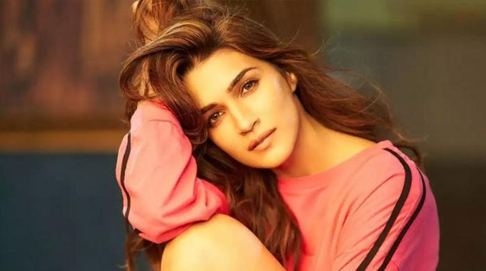 Kriti Sanon leaves fans floored with beautiful poetry