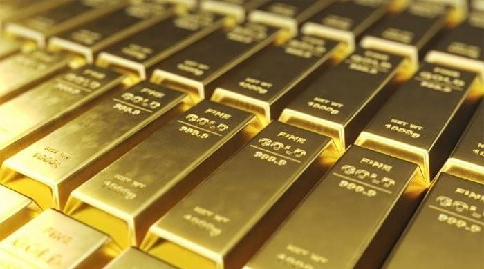 Gold rate falls Rs2350 per tola in Pakistan