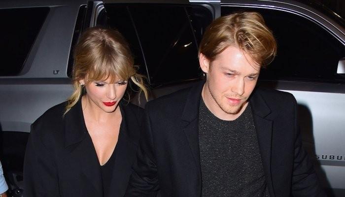 Taylor Swifts boyfriend Joe Alwyn made a secret contribution to Folklore - Geo News
