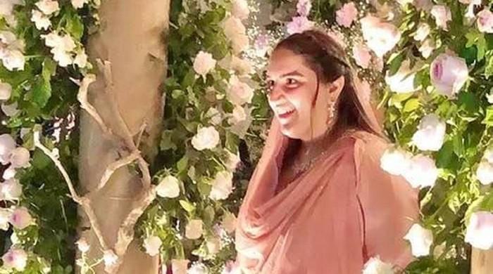 Bakhtawar Bhutto-Zardari, Mahmood Chaudhry exchange rings as Karachi's bigwigs turn up to event