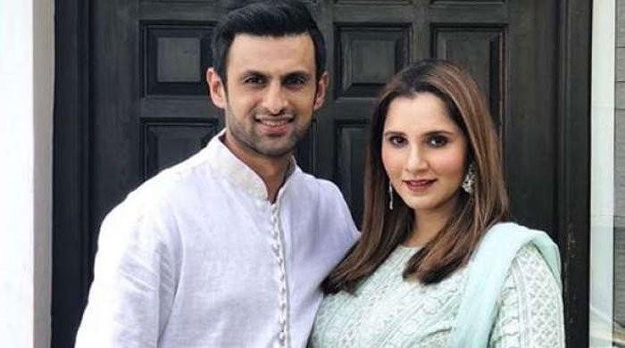 Sania Mirza roots for Shoaib Malik in Lanka Premier League
