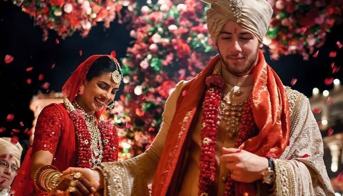 Nick Jonas sends love to 'beautiful woman Priyanka Chopra to celebrate 2nd wedding anniversary