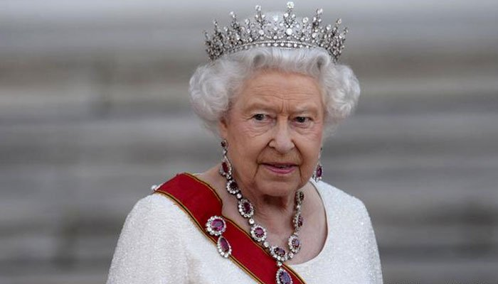 Heartbreak for the Queen as pet dorgi Vulcan dies