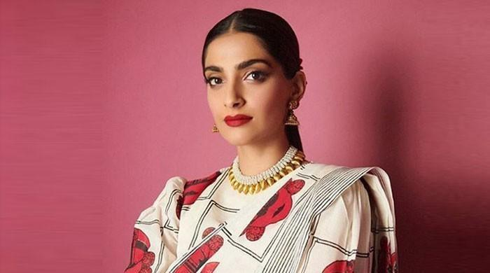 Sonam Kapoor is 'majorly' missing someone, reveals in latest snap