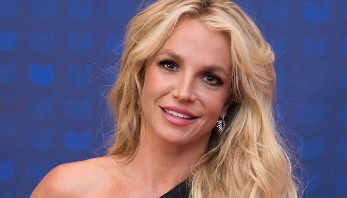 The world really doesn't deserve Britney as she drops unreleased track