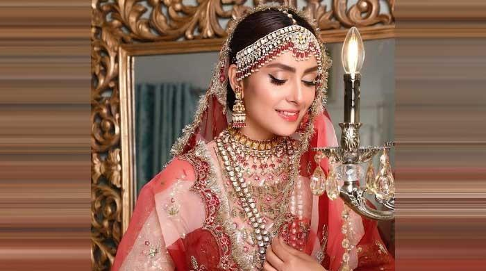 Ayeza Khan looks something out of a fairy tale in photoshoot