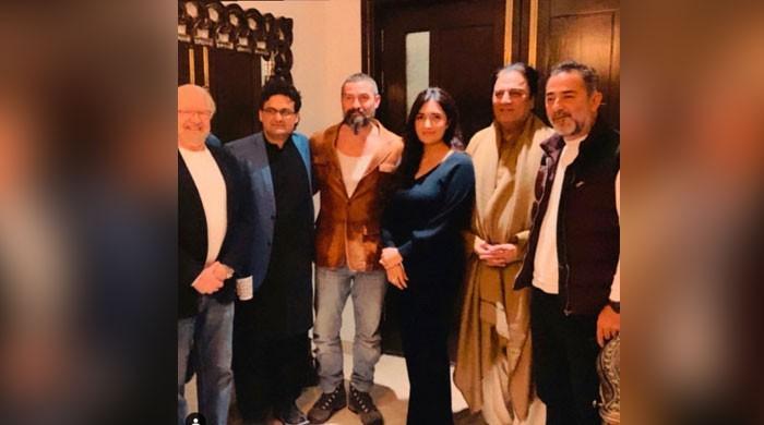 Hamza Ali Abbasi's sister spotted with Ertugrul stars Nurettin Sönmez, Ayberk Pekcan