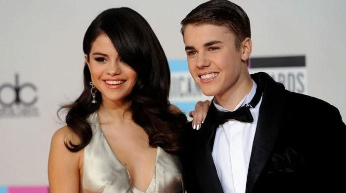 Selena Gomez's new song 'De Una Vez' is rumoured to be about Justin Bieber