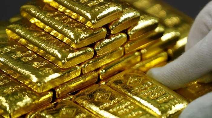 Gold being traded at Rs112,400 per tola in Pakistan on Jan 16