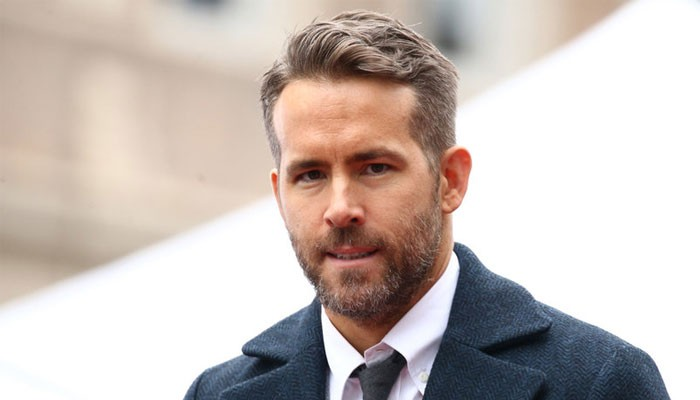 Ryan Reynoldss message to ill super-fan warms hearts - Geo News