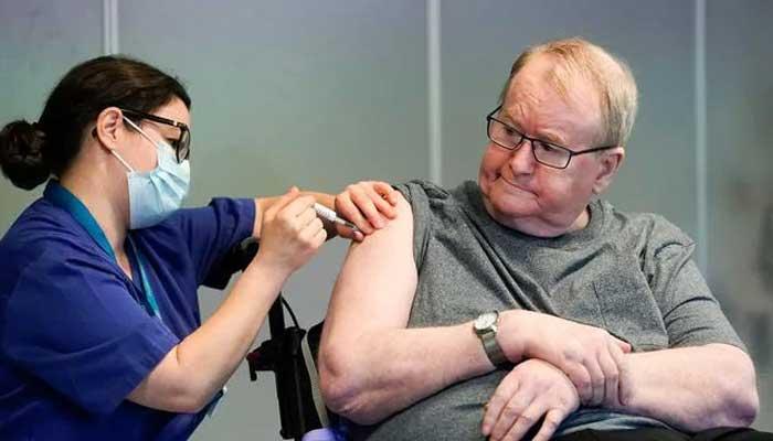 U.S. vaccine worries Norway as 29 elderly people die after jab
