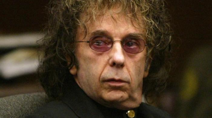 Pop producer and murderer Phil Spector breathes his last at 81