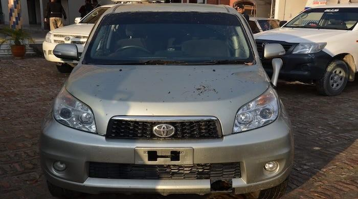 KP police impounds 1,600 non-custom paid vehicles from cops, private citizens