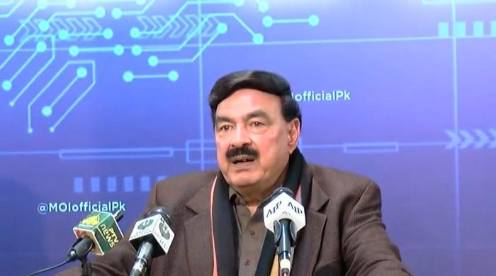Playing down PDM's ECP protest, Sheikh Rasheed invites their long march