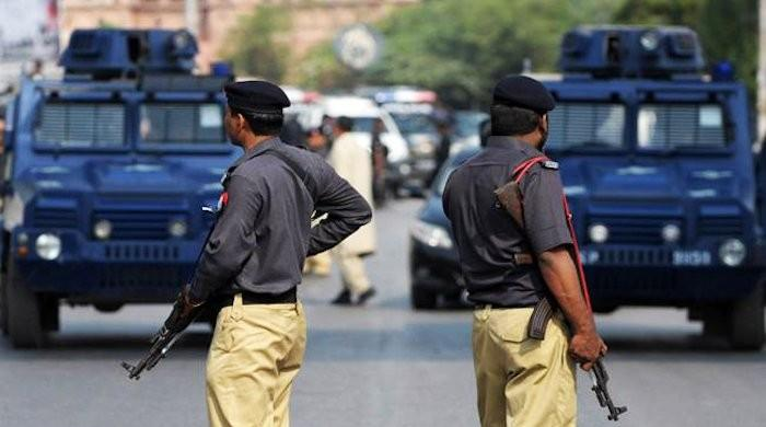 Karachi domestic worker accused of murdering employer escapes prison transport van