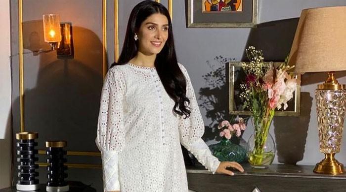 Ayeza Khan looks stunning in her latest photoshoot