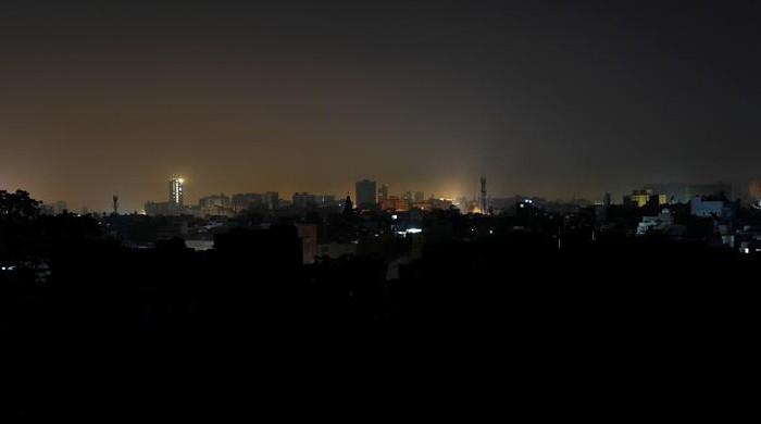Several areas of Karachi report power outages for up to 7 hours