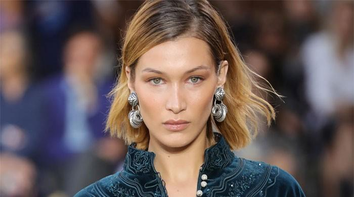 Bella Hadid advises fans to take time to get help for mental health