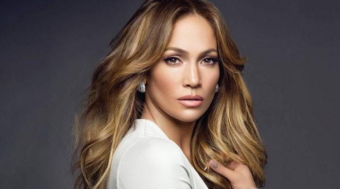 Jennifer Lopez gets candid about undergoing therapy