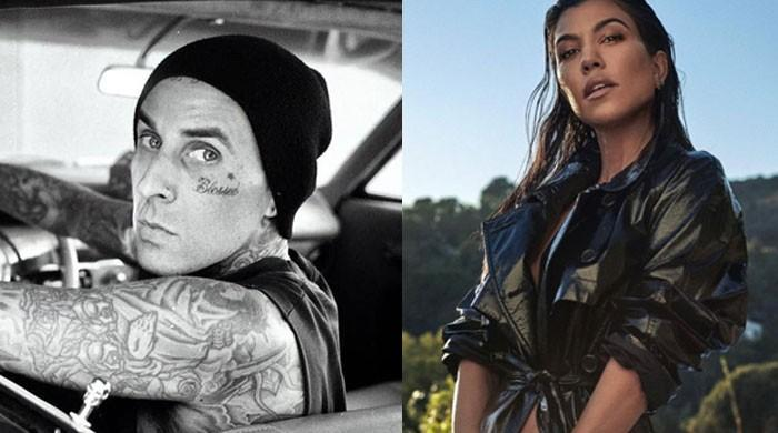 Kourtney Kardashian dating Travis Barker?