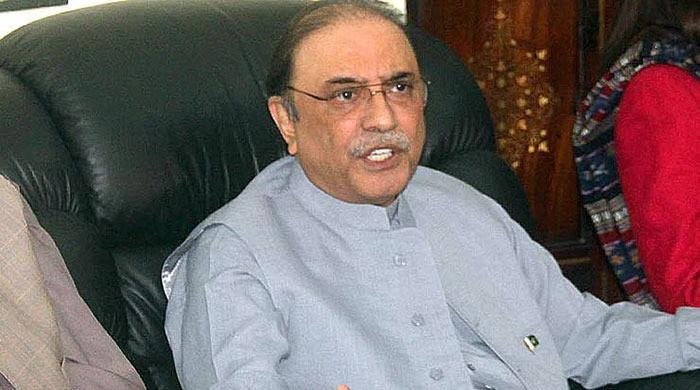 Zardari warns Pakistan 'in grave danger', PTI regime likely to 'make a huge blunder'