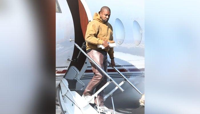 Kanye West touched down in LA amid Kim Kardashian divorce rumours - Geo News