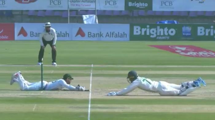 Pak vs SA: Watch Mohammad Rizwan diving full length to dismiss Rassie van der Dussen