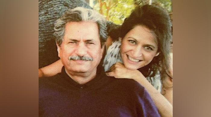 Pakistanis petition Shafqat Mehmood's celebrity daughter to persuade him to hold online exams
