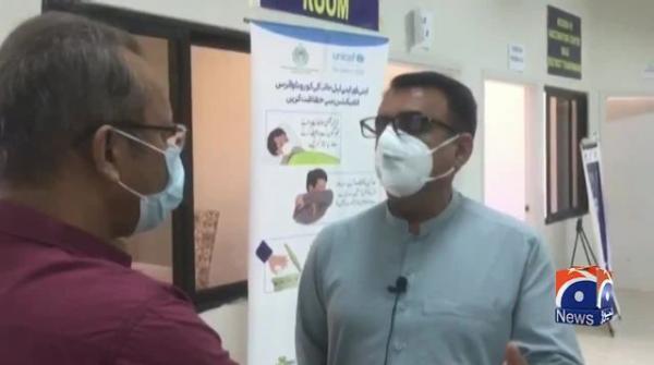 سندھ میں کورونا ویکسین نہ لگانے والے ہیلتھ ورکرز کیخلاف کارروائی