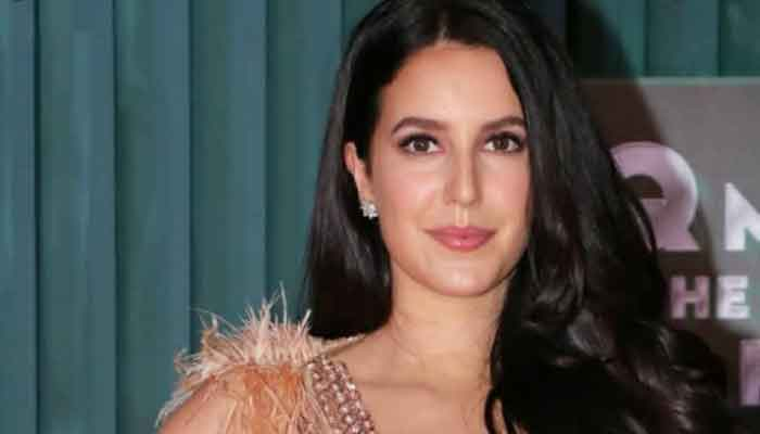 Isabelle Kaif shares teaser of 'Time To Dance'