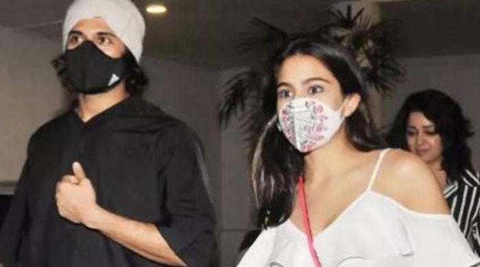 Sara Ali Khan dating South superstar Vijay Deverakonda?