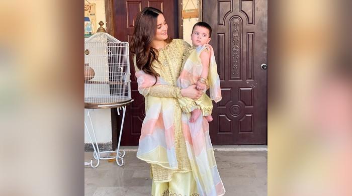 Minal Khan's video with Amal Muneeb wows Aiman Khan, Iqra Aziz