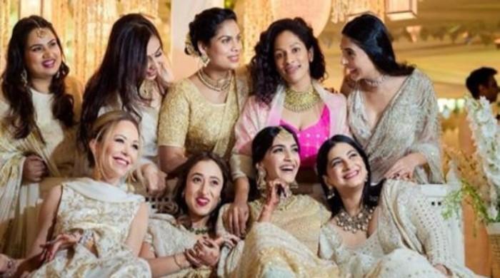 Sonam Kapoor shares she misses her girl squad amid quarantine