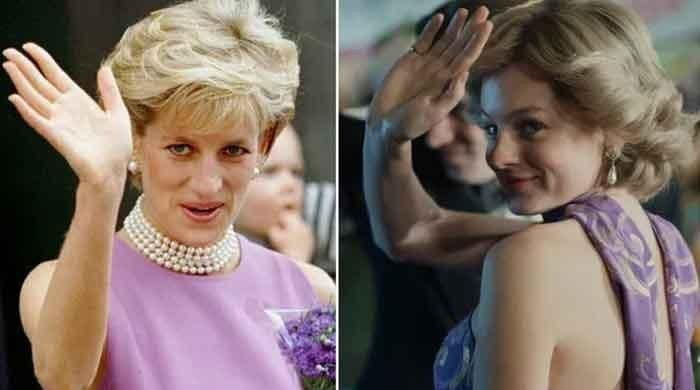Emma Corrin pays tribute to Princess Diana as she bags Golden Globe