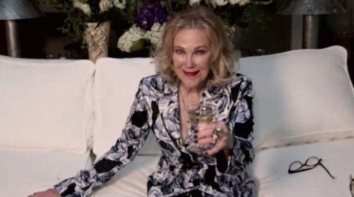 Catherine O'Hara wins Golden Globe for 'Schitt's Creek'